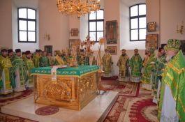 b_265_265_16777215_00_images_poltava-liturgiya-03.jpg