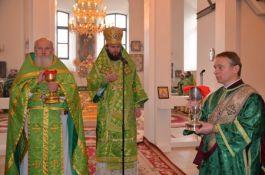 b_265_265_16777215_00_images_poltava-liturgiya-05.jpg